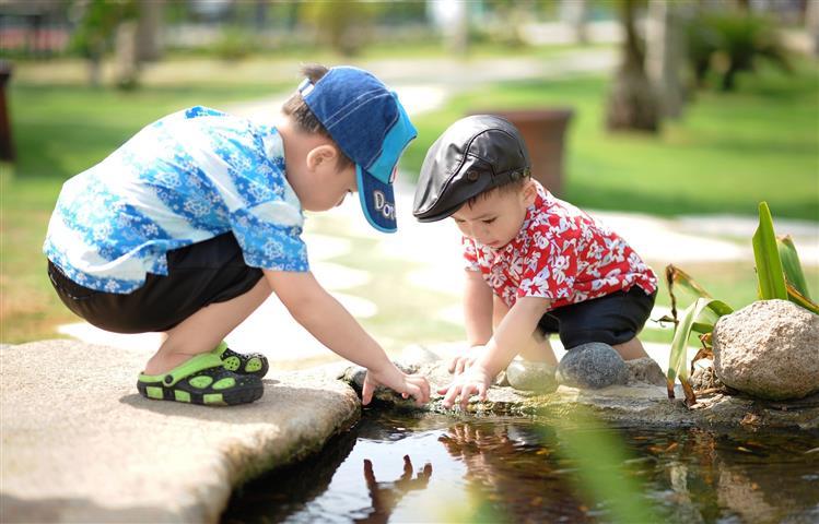 Xerrada: Les relacions entre germans